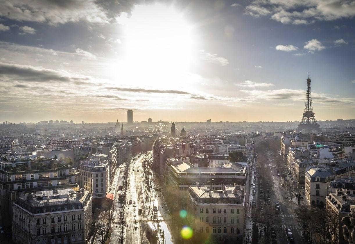 Noa Khamallah parle de la révolution des trottinettes électriques et des vélos à Paris