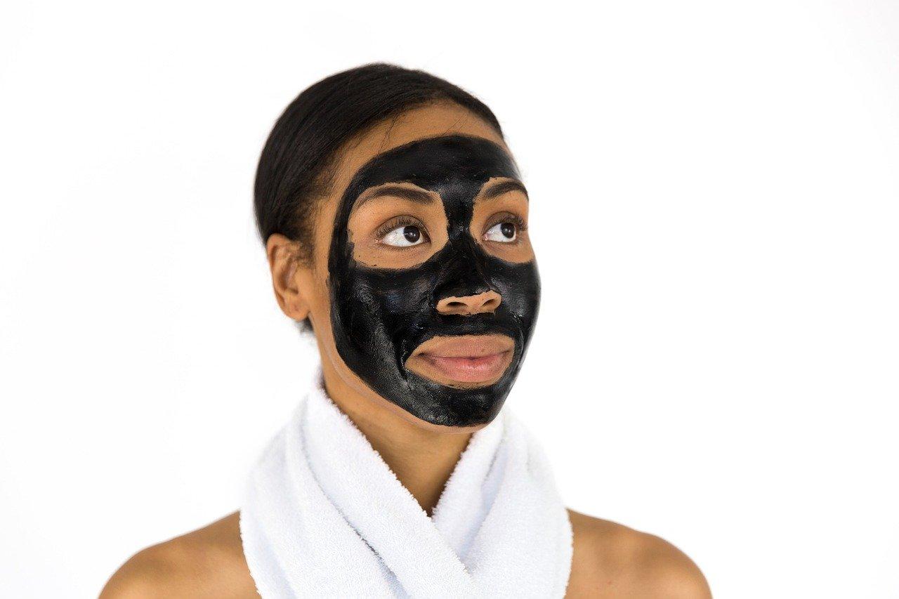 Masque-anti-point-noir-nos-3-recettes-maison-pour-sublimer-votre-visage